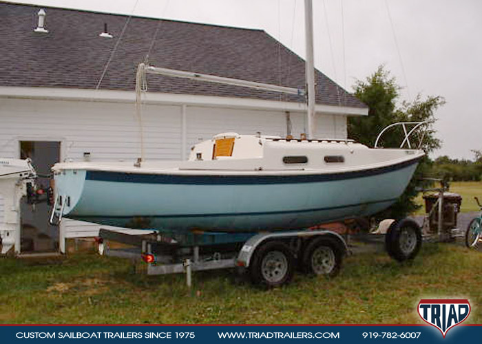 Tanzer 22 Swing Keel - Triad Trailers